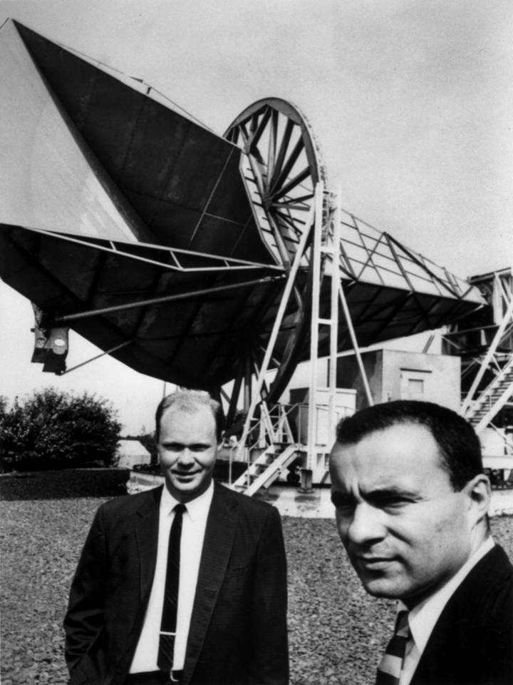 Early photo of Bob Wilson and Arno Penzias with the horn antenna